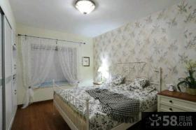 美式设计卧室飘窗效果图