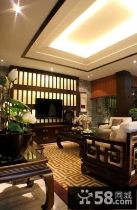 中式风格别墅客厅电视背景墙装修效果图