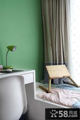 带飘窗的卧室设计