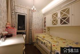 温馨现代小儿童房间布置图片