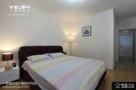 现代简约家居卧室木地板装修效果图