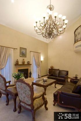 美式风格别墅挑高客厅吊顶灯装修效果图