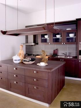 大户型厨房实木橱柜效果图