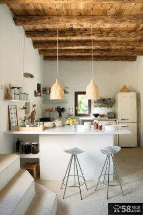 小户型厨房吧台设计效果图