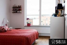 现代风格小空间卧室设计