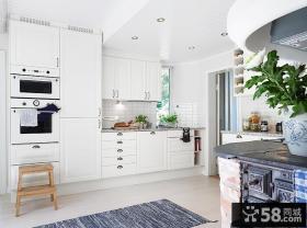家庭装修一字型厨房整体橱柜效果图