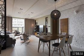 日式风格客厅与餐厅吊顶装修图片