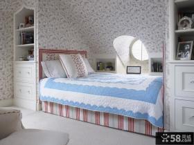 阁楼小卧室壁纸装修效果图