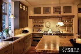 美式乡村厨房装修效果图