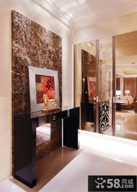 现代三房两厅装修门厅装饰画图片