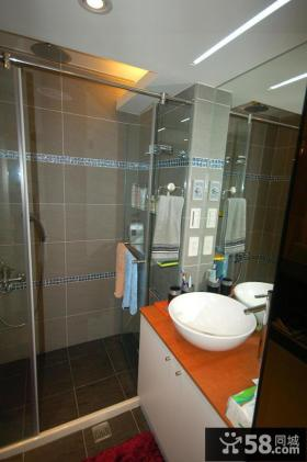 简约现代复式装修卫生间设计