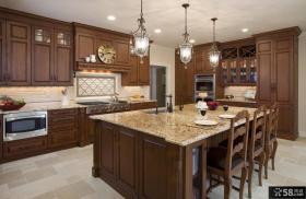 美式家庭开放式厨房整体装修设计效果图
