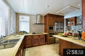 别墅L型大厨房设计图片