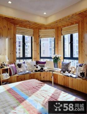 田园风格卧室实木飘窗装修设计