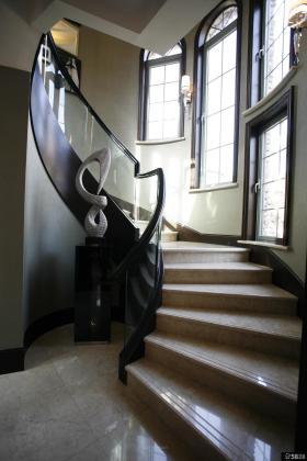 别墅室内楼梯设计效果图欣赏