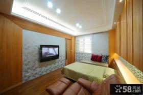 现代主人卧室装修示例