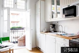 小户型阳光厨房装修效果图