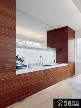 红褐色橱柜装饰搭配的厨房效果图