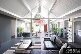 现代简约复式客厅阁楼设计效果图