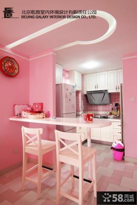 温馨整体厨房装修效果图欣赏