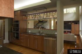 复式楼家庭开放式厨房装修效果图
