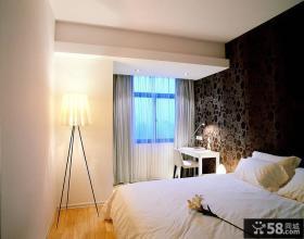 时尚现代简约卧室布置