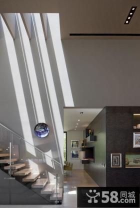 现代别墅室内楼梯玄关装饰