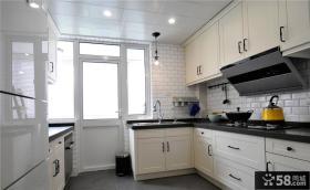 美式家居厨房装饰设计效果图