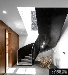 美式顶层复式楼梯设计