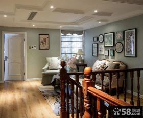 美式别墅样板间封闭式楼梯间图片
