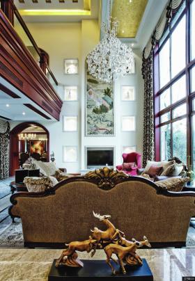 古典欧式家居客厅水晶吊灯图片