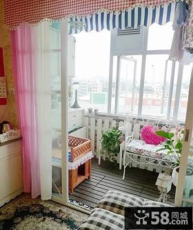 温馨封闭式小阳台装修效果图