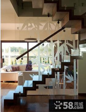 跃层楼梯设计效果图