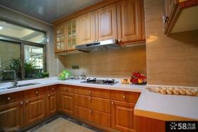 宜家风格家庭厨房U型橱柜装修效果图