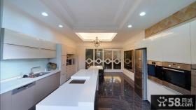 现代风格别墅厨房设计图片