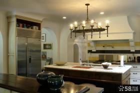 美式田园风格家具厨房吊顶效果图