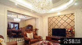 美式复式楼客厅电视背景墙装修效果图