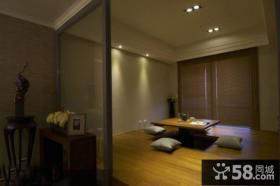 家装小户型客厅榻榻米效果图欣赏