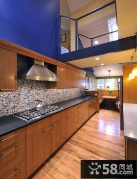 复式楼家居阳台厨房装修效果图