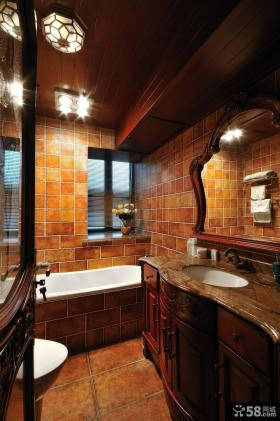 美式新古典风格卫生间马赛克墙面装修效果图