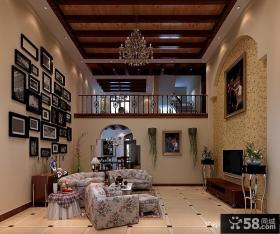 田园风格复式客厅装饰设计