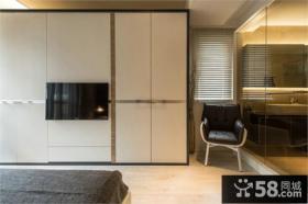 日式风格两室两厅衣柜装修