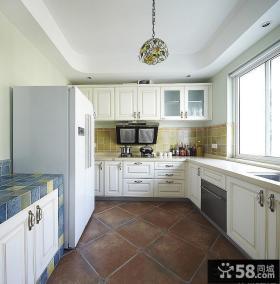厨房整体欧式橱柜图片欣赏