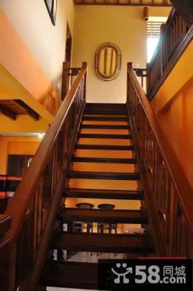 实木别墅楼梯设计效果图