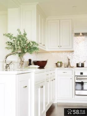 欧式小厨房整体橱柜效果图