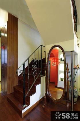 美式楼梯间效果图
