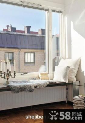 卧室阳台飘窗装修效果图
