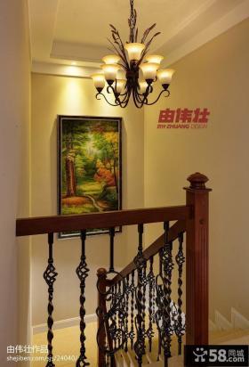 美式楼梯扶手装修效果图