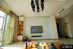 现代简约客厅电视背景墙设计图片欣赏