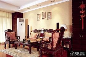 中式80平米小户型客厅沙发摆设效果图欣赏